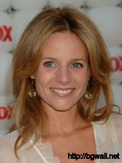 Jessalyn Gilsig Full Size