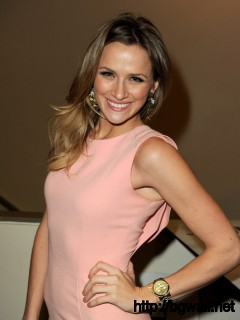 Shantel Vansanten Actress Shantel Vansanten Poses At The Cws Full Size