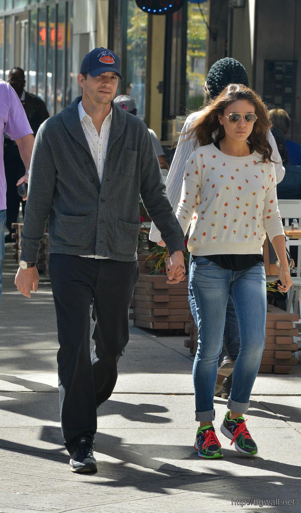 Will It Be Wedding Bells Next Mila Kunis Spending Christmas With Ashton Kutchers Family Full Size
