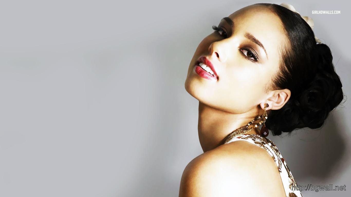 Alicia Keys 1366x768 Wallpaper Full Size