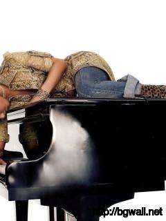 Alicia On The Piano Wide