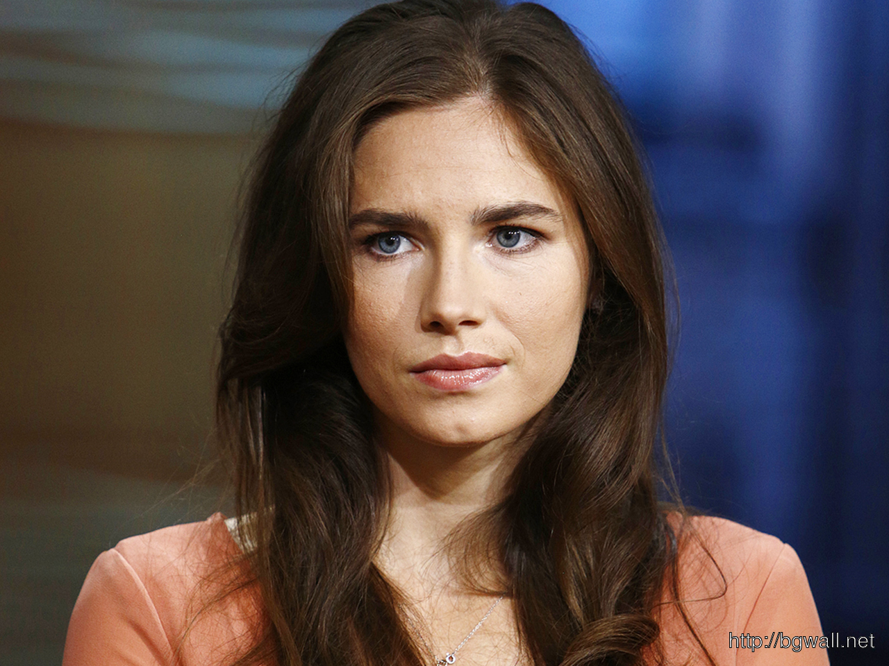 Amanda Knox Cute Wallpaper