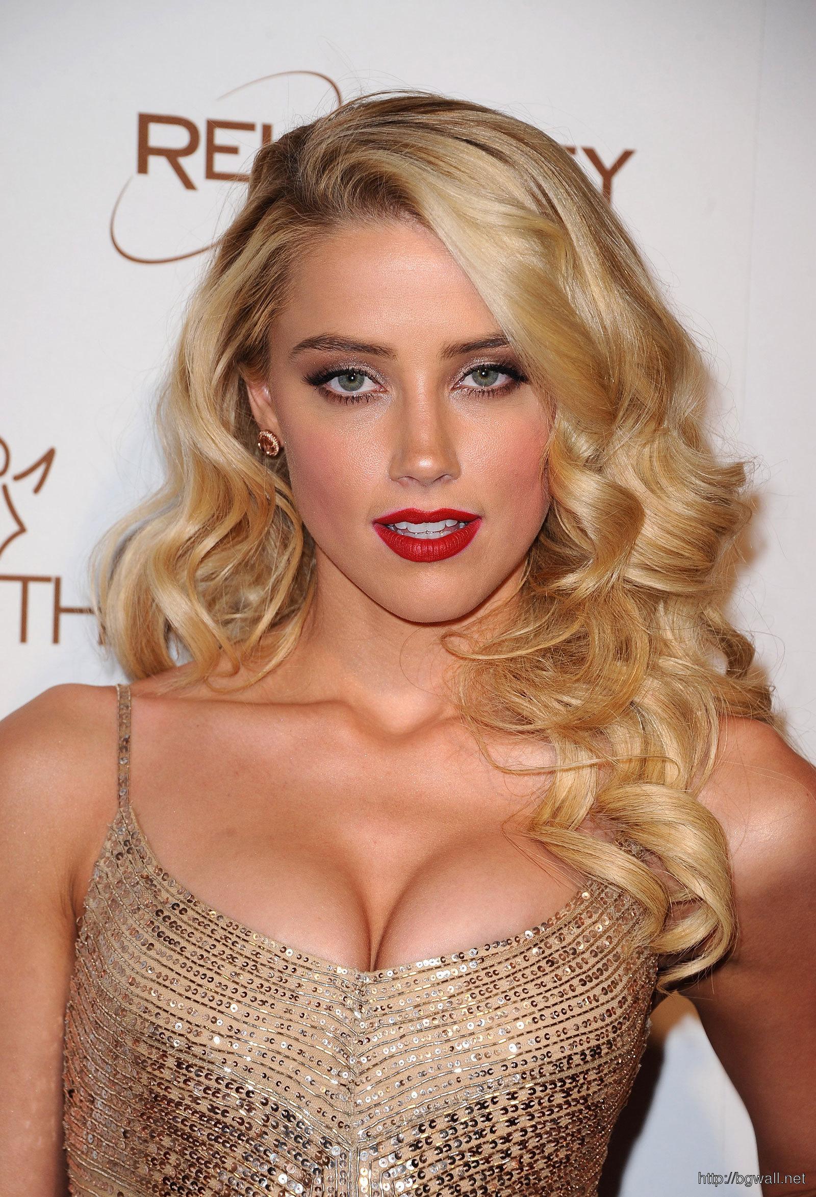 Amber Heard At Art Of Elysium Heavan Gala In Los Angeles Full Size