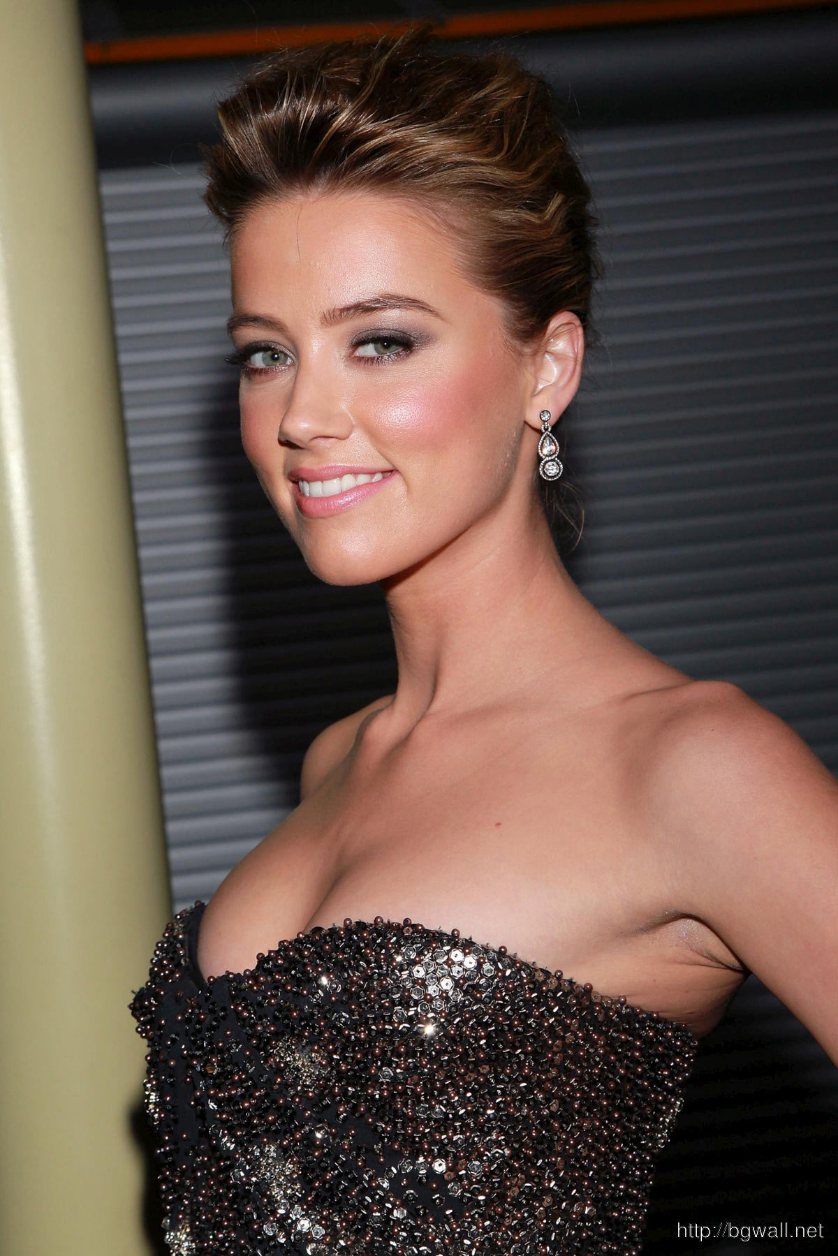 Amber Heard Drive Angry 3d Premiere In Los Angeles Full Size