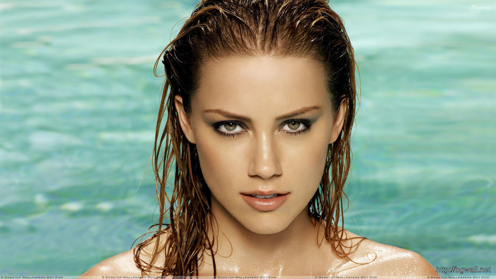 Amber Heard Wet Body And Looking Front Wallpaper Full Size