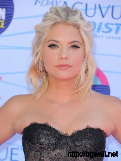 Ashley Benson At 2012 Teen Choice Awards In Universal City Full Size