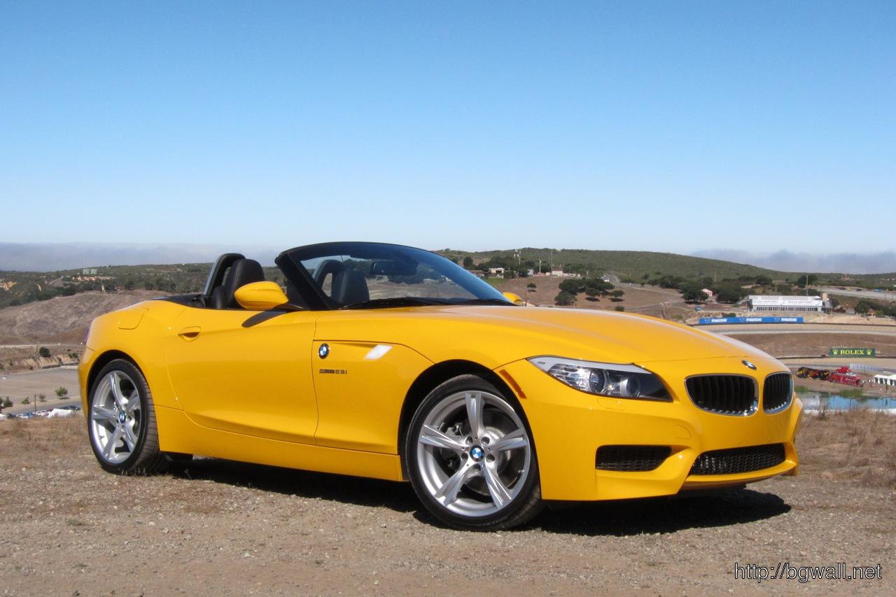 BMW Z4 sDrive28i Yellow