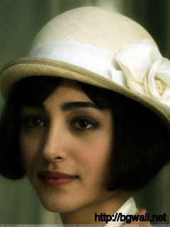 Golshifteh Farahani In White Hat Innocent Face Closeup Wallpaper Full Size