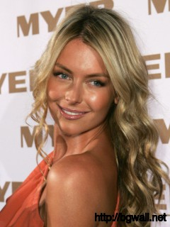Jennifer Hawkins Picture Full Size