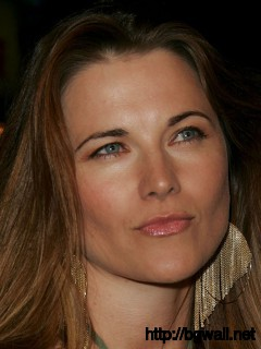 Lucy Lawless 58012 Full Size