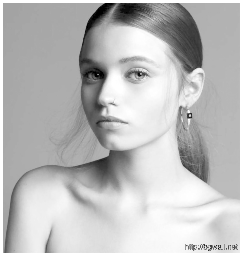 Noomis Perfect Thin Abbey Lee Kershaw Thin Full Size