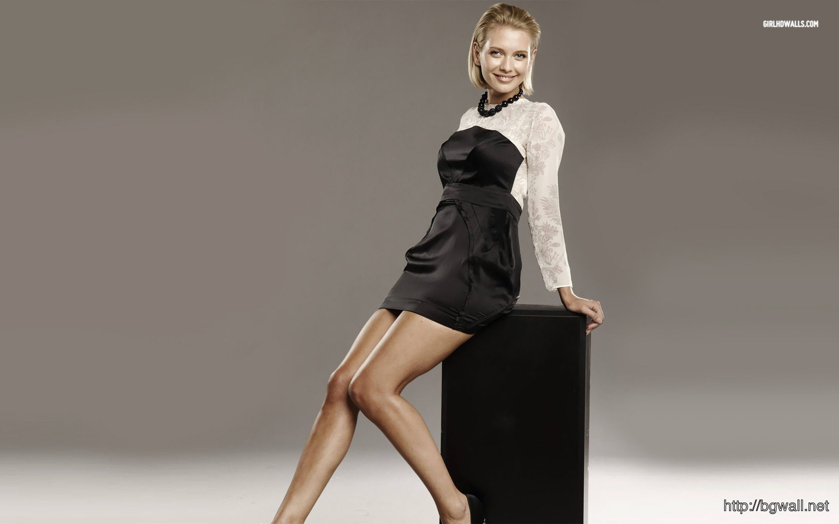 Rachel Riley 1680x1050 Wallpaper Full Size