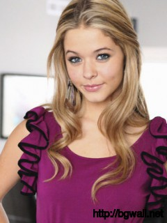Sasha Pietersethe Perfect Eve Full Size