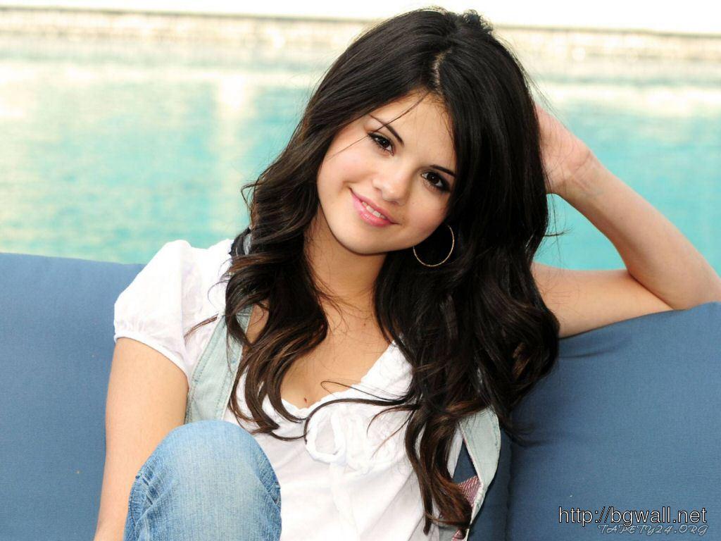 Selena Gomez 2012 Full Size