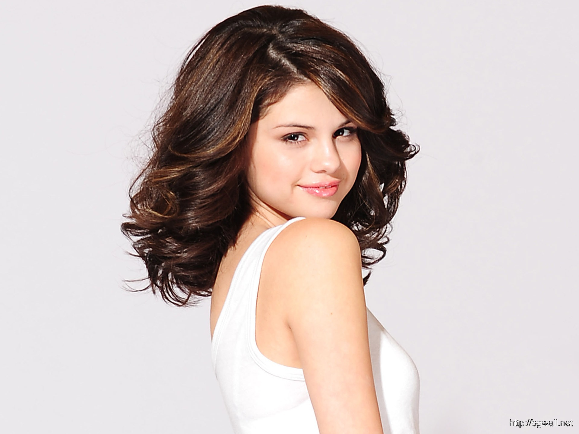 Selena Gomez New Wallpaper Full Size