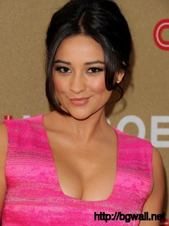 Shay Mitchell At 2011 Cnn Heroes An All Full Size