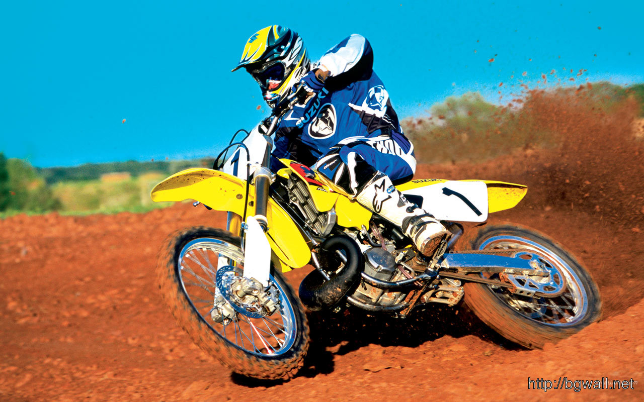 Motorcycle Racing On The Sand Suzuki Hd Desktop Mobile: Suzuki Rm250 1280 X 800 Wallpaper