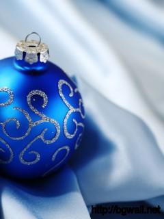 Download Christmas Ball On Silk Wallpaper Full Size