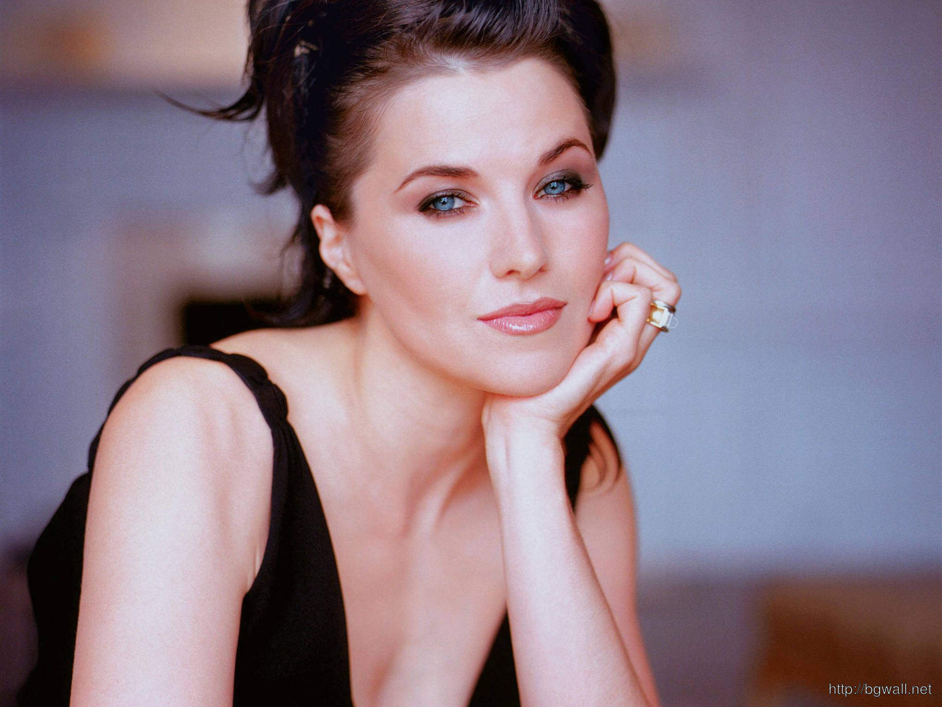 Lucy Lawless Images, Pictures, Wallpapers