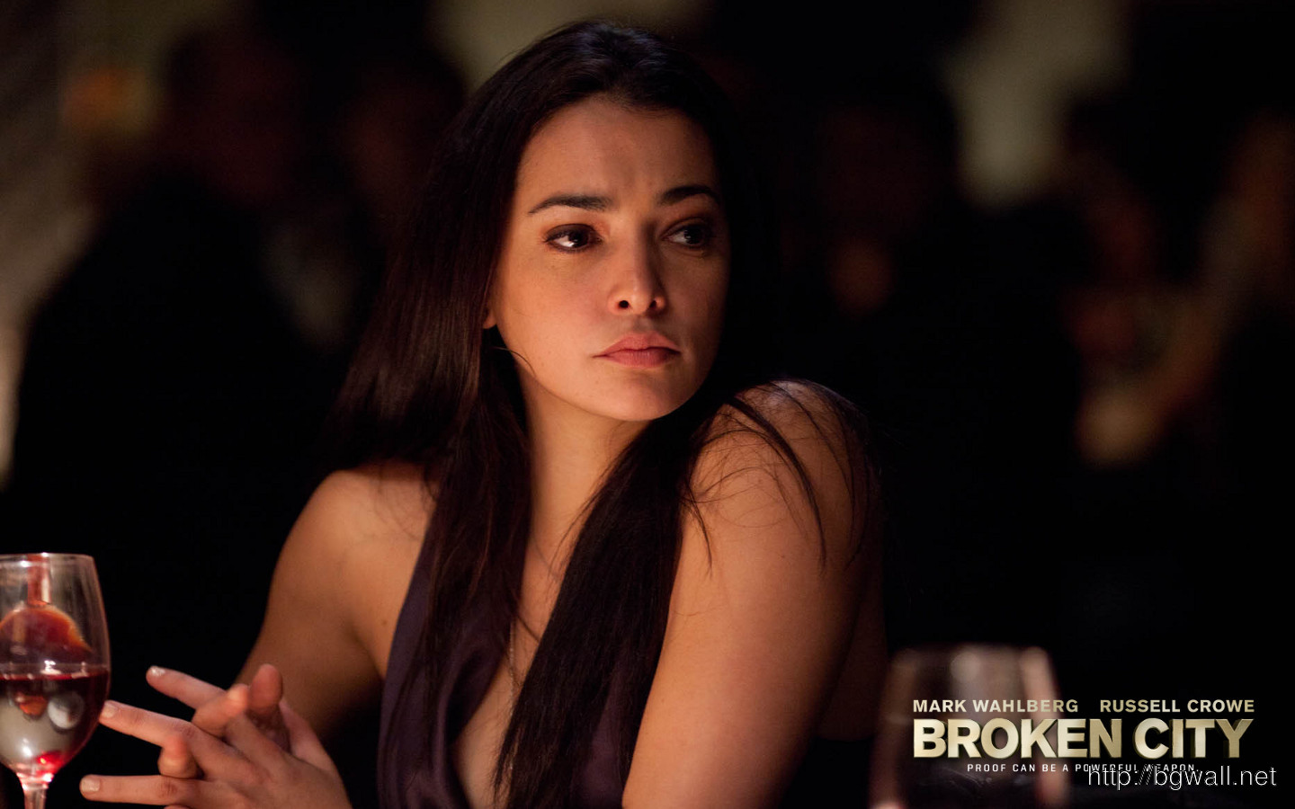 Natalie Martinez In Broken City Wallpaper Trailer And Synopsis