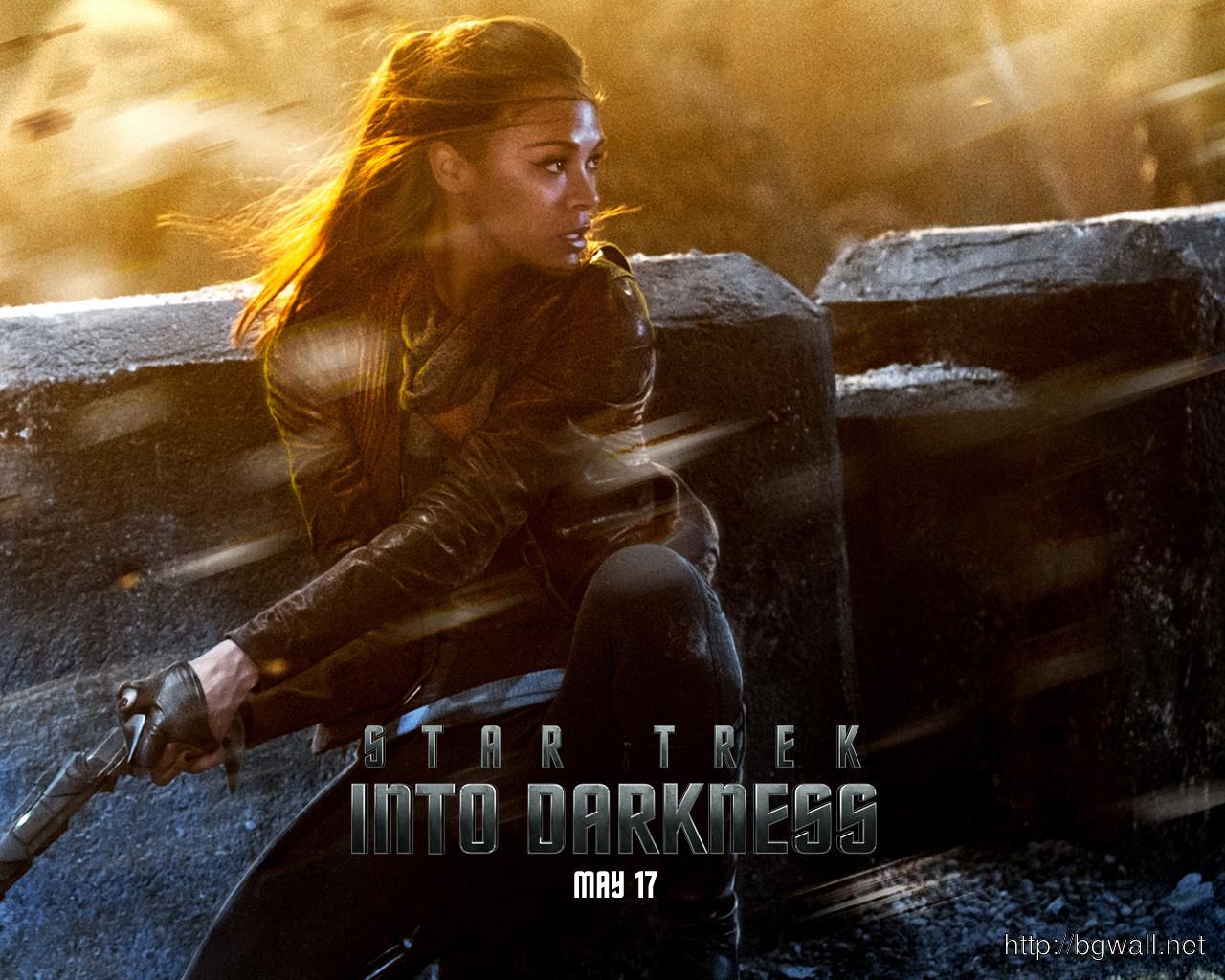 Zoe Saldana In Star Trek Into Darkness Wallpaper Background