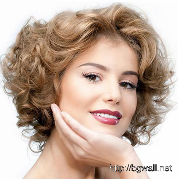 best-short-hairstyle-ideas-for-fine-wavy-hair