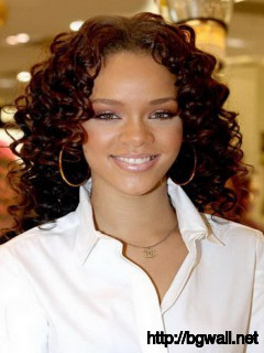 Black-Hairstyle-Ideas-for-Round-Faces-with-Bangs