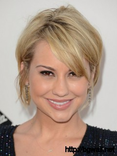 blonde-short-layered-hairstyle-ideas