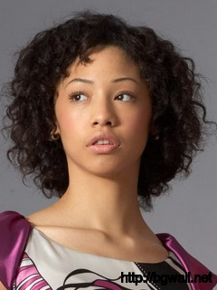Curly-Natural-Hairstyle-Ideas-for-Black-Women