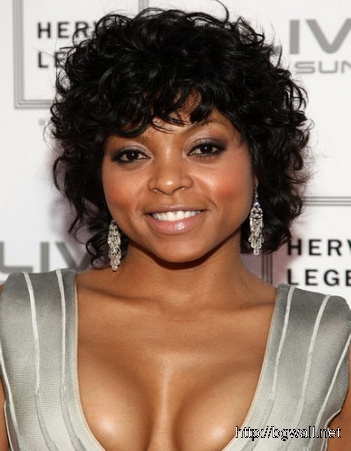 Cute-Short-Curly-Hairstyle-Ideas-for-Black-Women