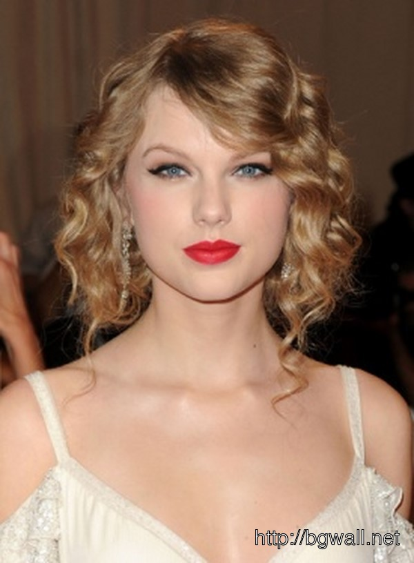 Easy Vintage Hairstyles For Curly Hair : Retro hairstyle ideas for short curly hair