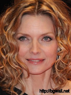 hairstyle-ideas-for-short-curly-hair-over-50