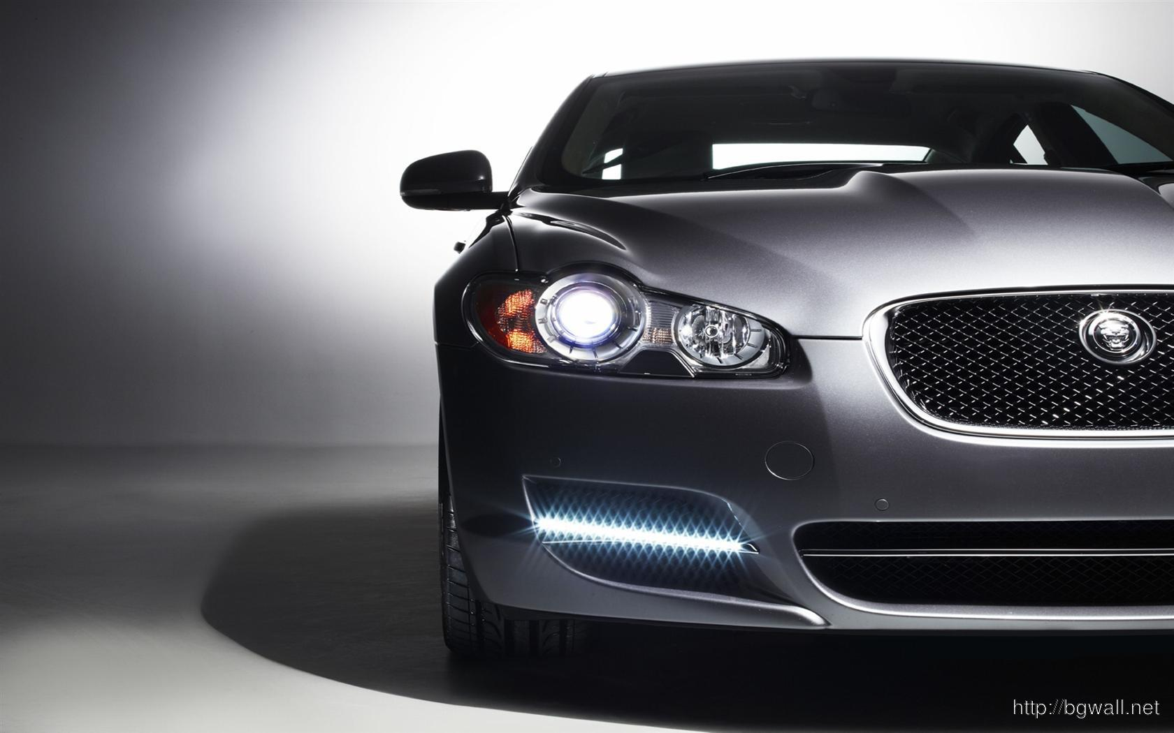 Jaguar-XF-Free-Downloads-Wallpaper