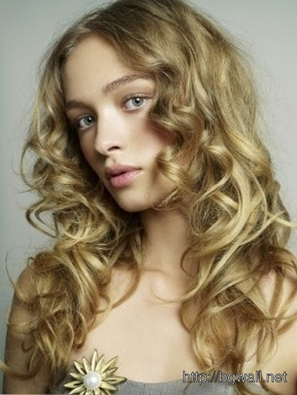 Low Maintenance Short Haircut For Curly Hair   Background ...