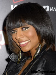 Medium-Black-Hairstyle-Ideas-with-Bangs