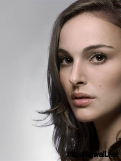 Natalie-Portman-Windows-781-Wallpaper