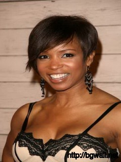 Short-Black-Hairstyle-Ideas-with-Bangs
