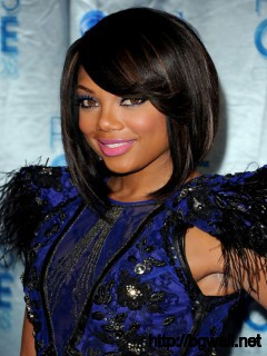 Short-bob-Hairstyle-Ideas-with-Bangs-for-Black-Women