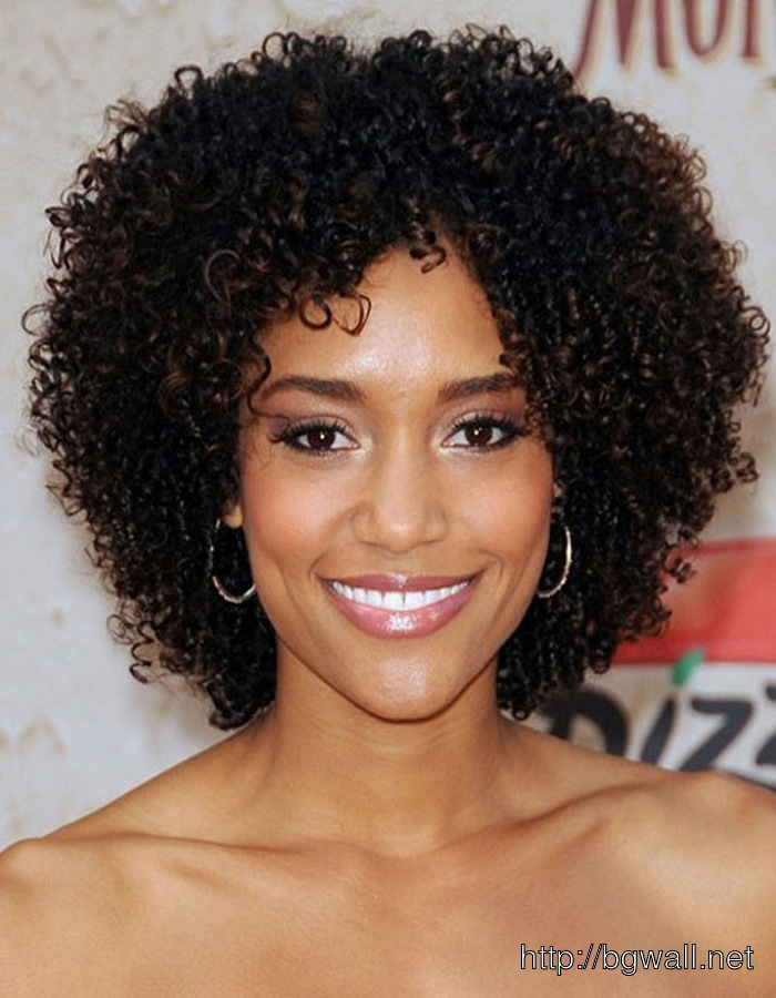 Short Curly Hairstyle Ideas For Black Women For Round Face