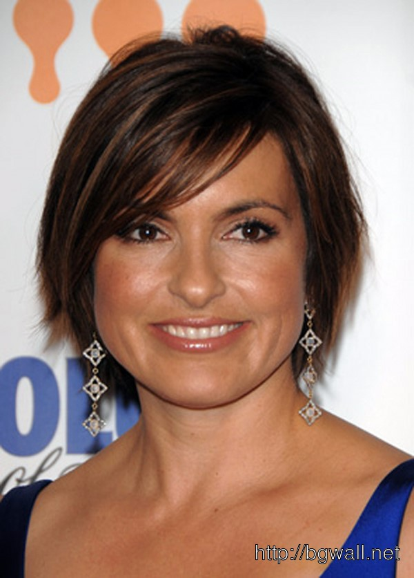 short-hairstyle-ideas-for-fine-hair-and-round-face