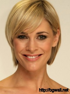 short-hairstyle-ideas-for-oval-faces-and-fine-hair