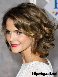 short-hairstyle-ideas-for-round-faces-and-curly-hair