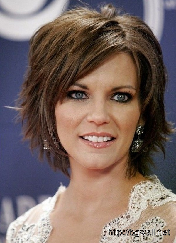Home ? Celebrity ? Hairstyle ? Short Layered Haircut For Thick Hair