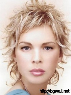 short-layered-hairstyle-ideas-curly-hair