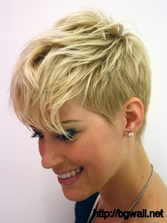 short-layered-hairstyle-ideas-thin-hair