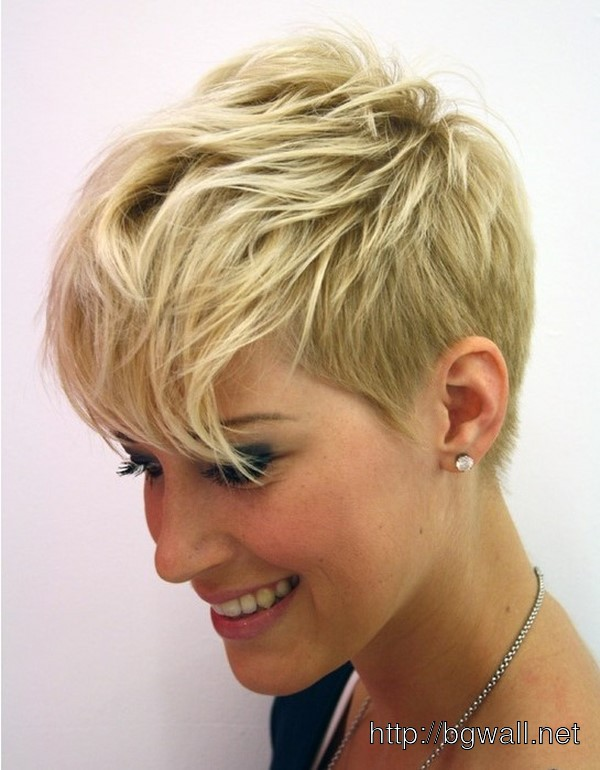 short-layered-hairstyle-ideas-thin-hair