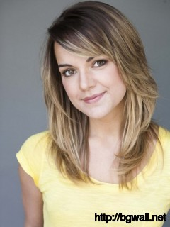 short-medium-length-layered-hairstyle-ideas-with-bangs