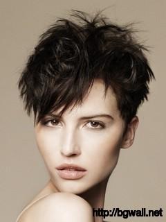 trendy-short-layered-haircut