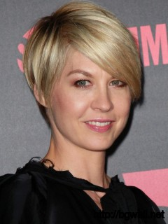 womens-short-hairstyle-ideas-for-thin-hair