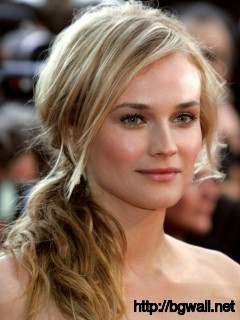 Charming Diane Kruger Mobile iPhone Wallpaper